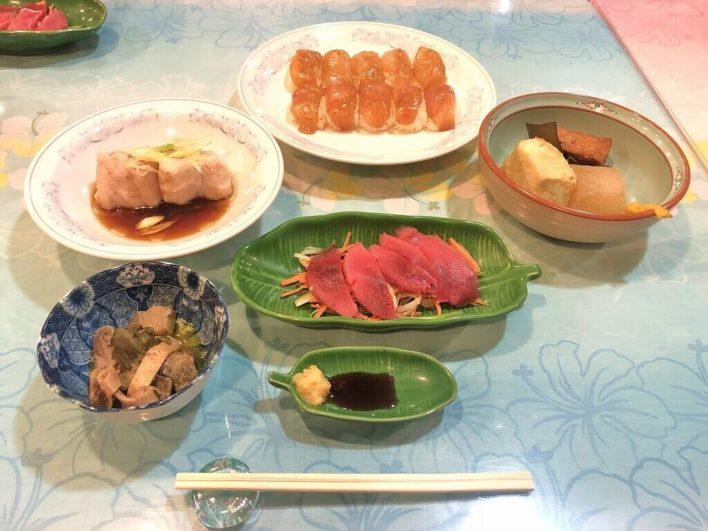 海遊食事04